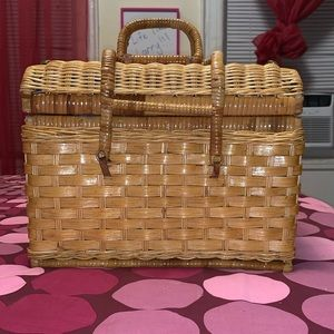 Other - English style picnic basket!